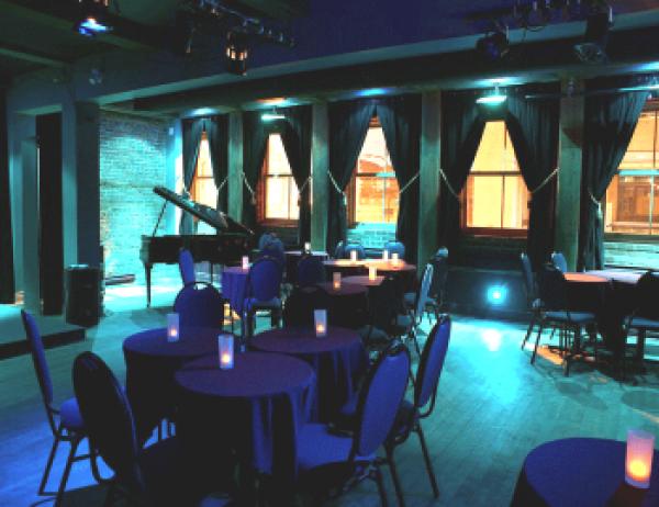 Le Balcon Cabaret Music-Hall